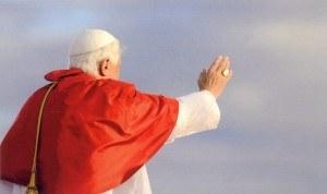 Abschied von Papst Benedikt (Foto KNA)