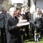 Eine Geburtstagstorte samt Tortenlied vom Epiphanias Chor (ABr)