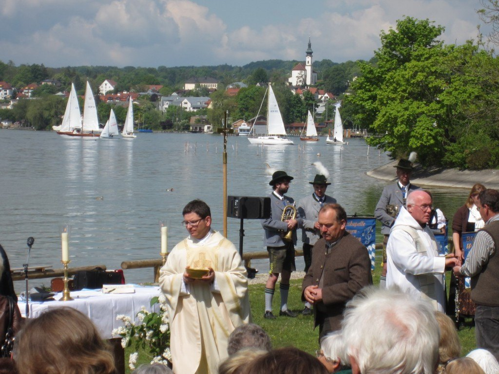Pfarrer Pjotr Wandachowicz beim Seegottesdienst 2012